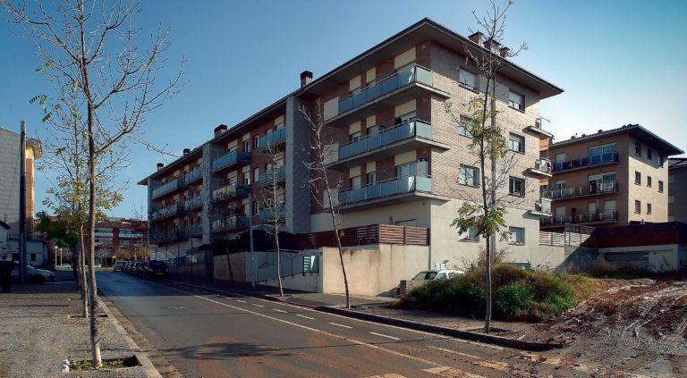 Bloque de viviendas en Gerona I