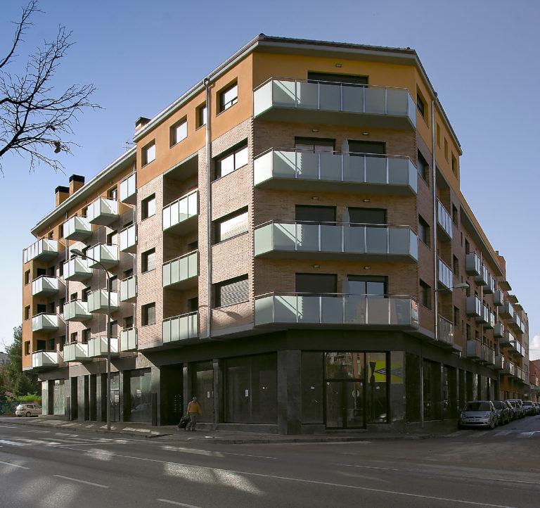 Bloque de viviendas en Gerona II